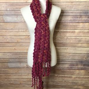 Columbia Crochet Scarf w/fringed edges
